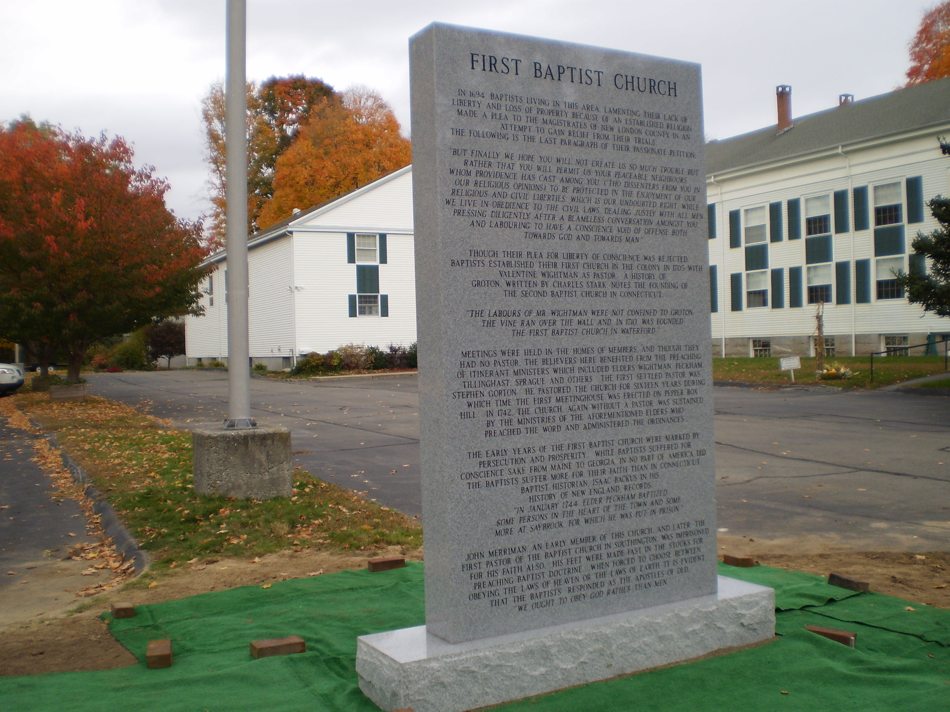 FBC-Waterford_monument